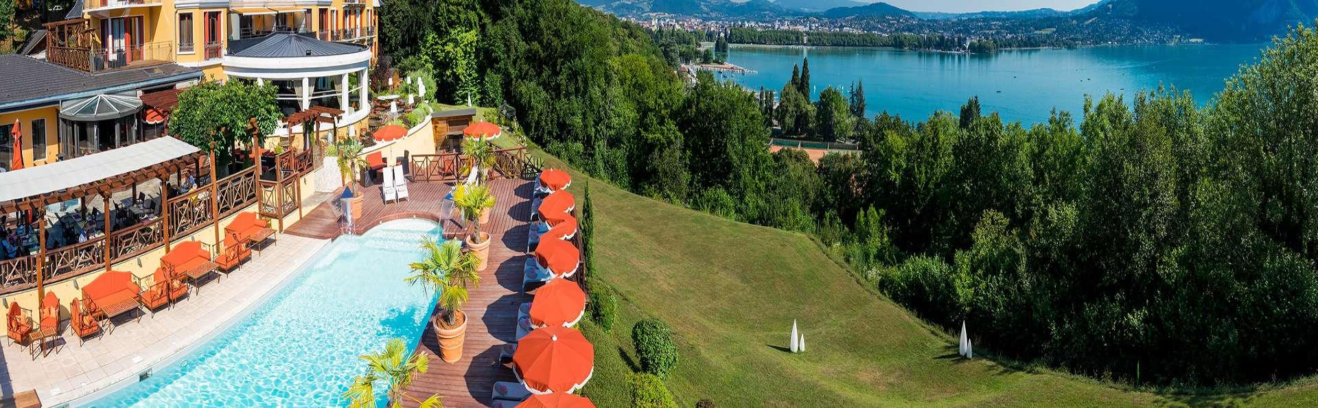 Panorama exceptionnel et accès spa au bord du lac d'Annecy