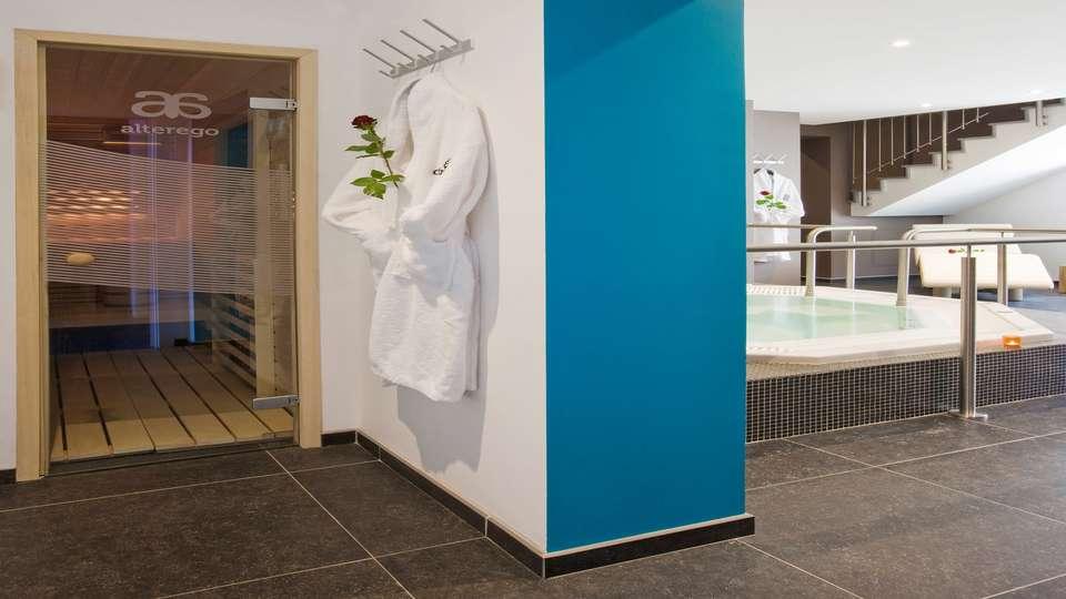 Martin's Dream Hotel - DREAM_-_ESPACE_JACUZZI__3_.jpg