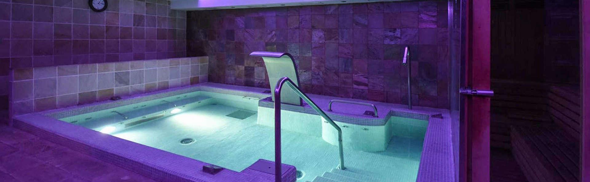 Hotel Spa Puerta Vadinia - EDIT_POOL_01_1_.jpg