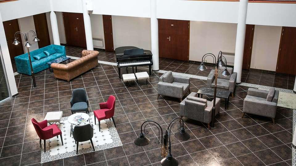 Epi Hôtel - EDIT_AERIAL_06.jpg