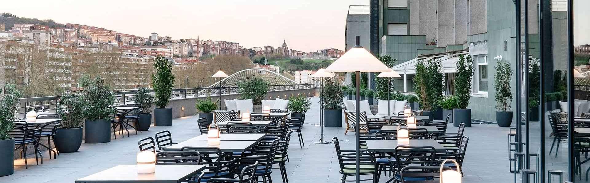 Descubre el encanto vanguardista y moderno de Bilbao desde un hotel de 4* enfrente de la Ría