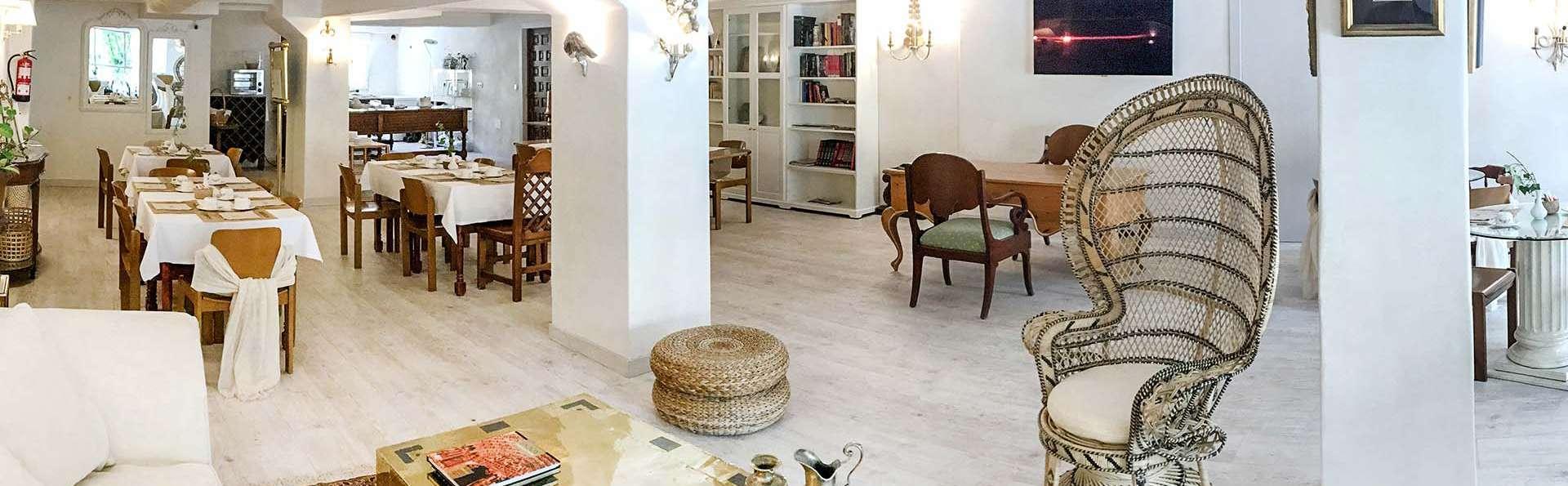 Hotel Maria Luisa - EDIT_SALON_MIMBRE_PANO_01.jpg