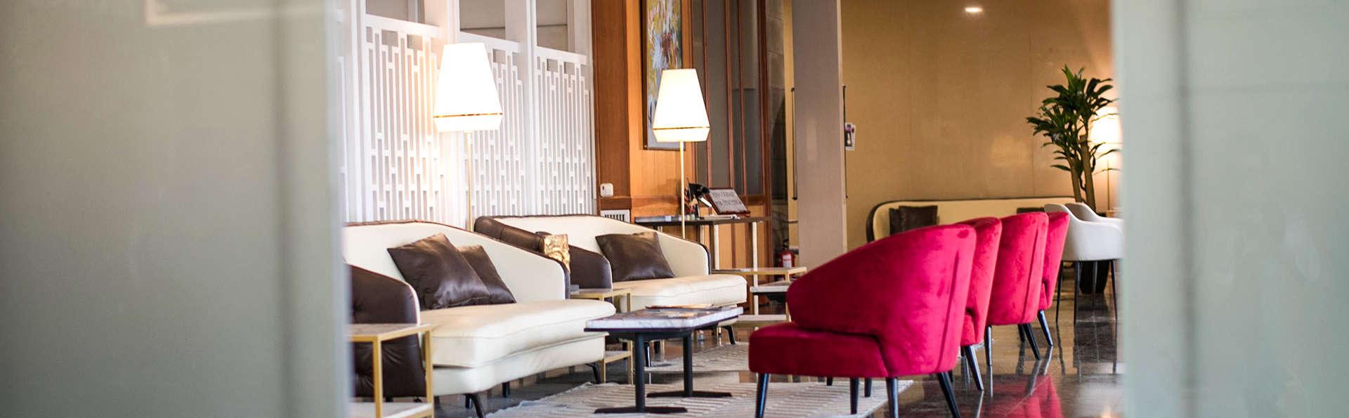 Hotel Reconquista - EDIT_AERIAL_01.JPG