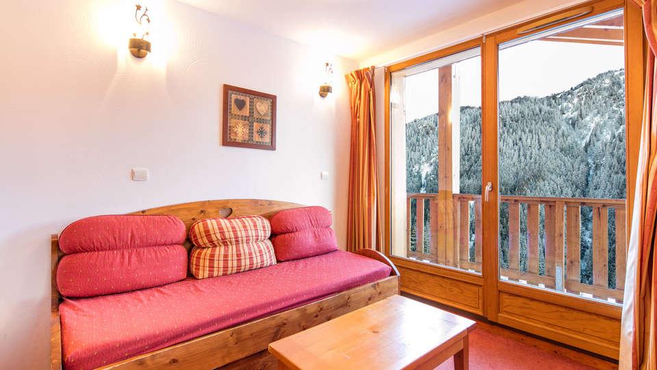 Vacancéole - Les chalets de la Ramoure - EDIT_2p4_LIVING_ROOM_04.jpg
