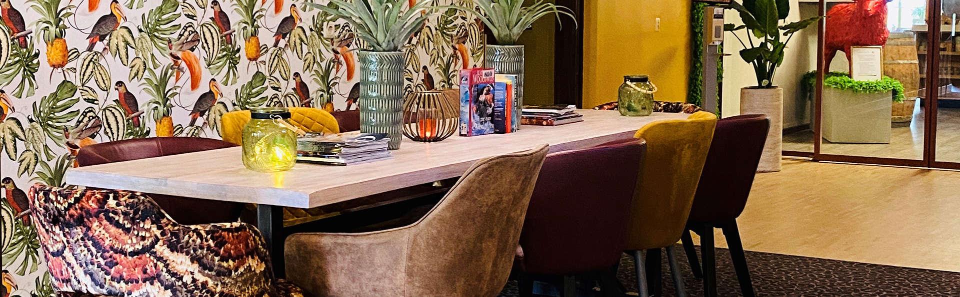 Hotel Schaepkens Van St Fijt - EDIT_Lobby.jpg
