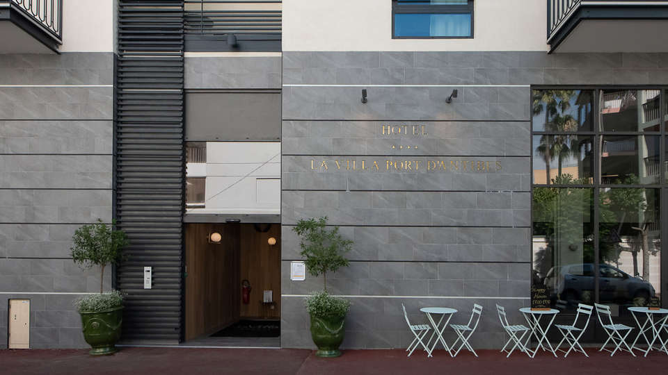 Hôtel la Villa Port d'Antibes & Spa - EDIT_FACADE.jpg