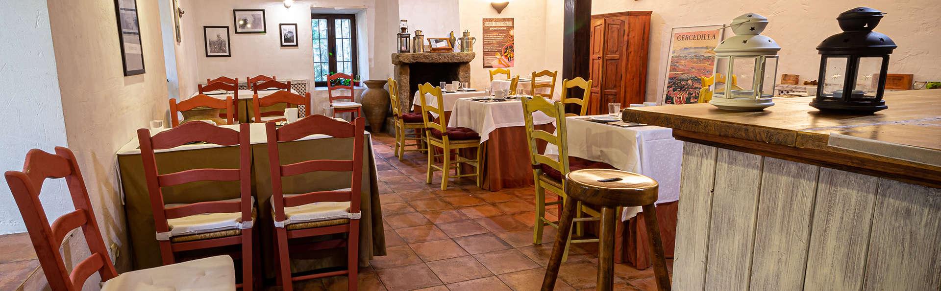 Turismo rural: arroz, vino y desayuno en una posada rodeada por las montañas, entre Segovia y Madrid