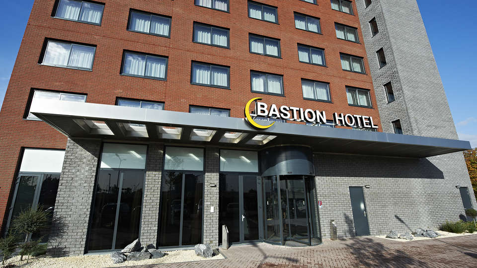 Bastion Hotel Vlaardingen - EDIT_Ingang__2_.jpg
