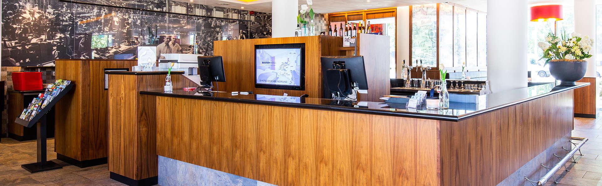 Bastion Hotel Tilburg - EDIT_RECEPTIE.jpg
