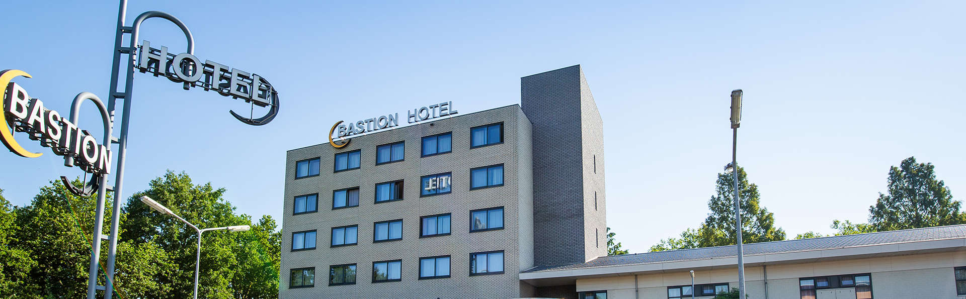 Bastion Hotel Roosendaal - EDIT_FRONT.jpg