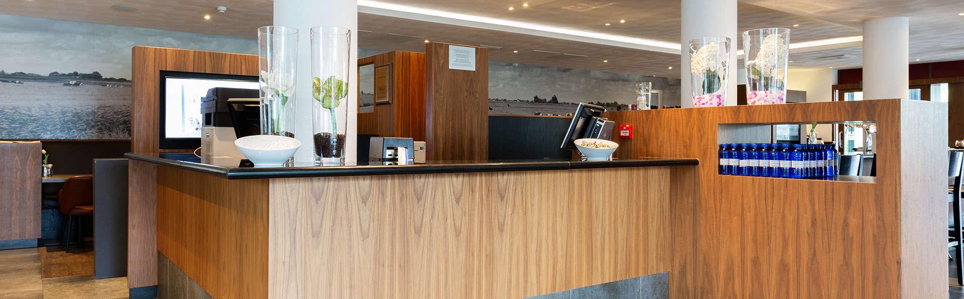 Bastion Hotel Den Haag Rijswijk - EDIT_Receptie.jpg