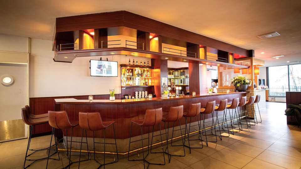Bastion Hotel Dordrecht Papendrecht - EDIT_Bar_1.jpg