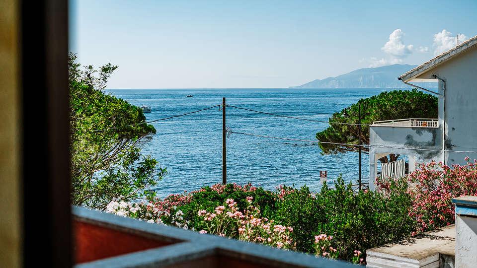 Hotel La Conchiglia - EDIT_SEA_VIEW.jpg