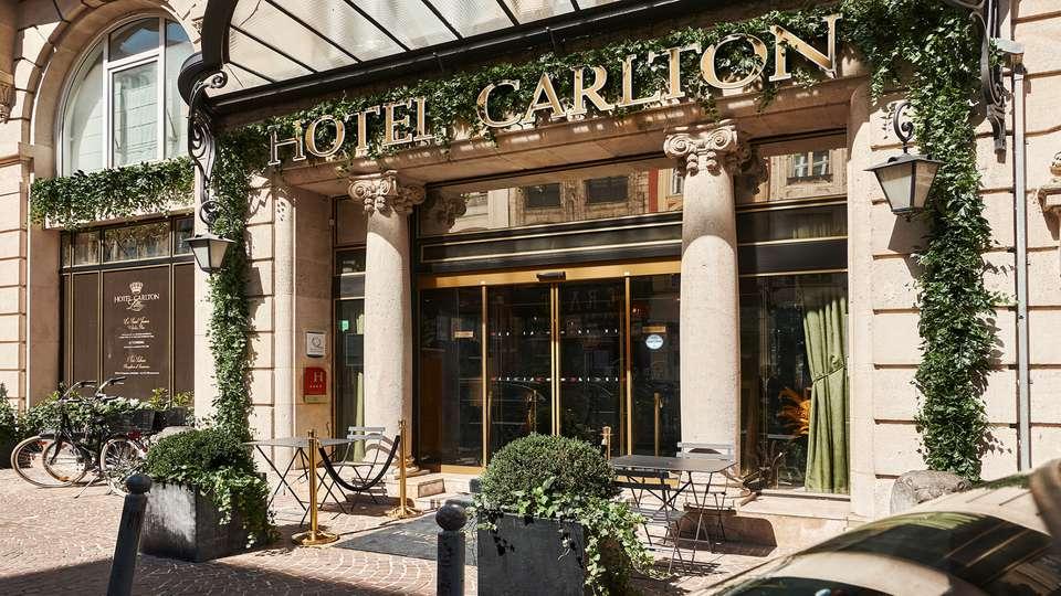 Hôtel Carlton   - Exterieur_OK.jpg
