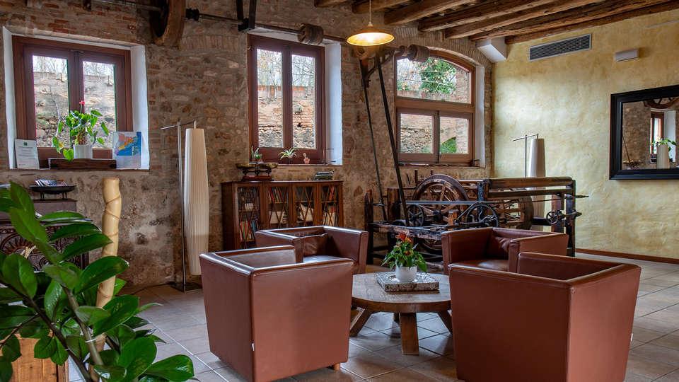 Hotel Molí de la Torre - EDIT_LOBBY.jpg