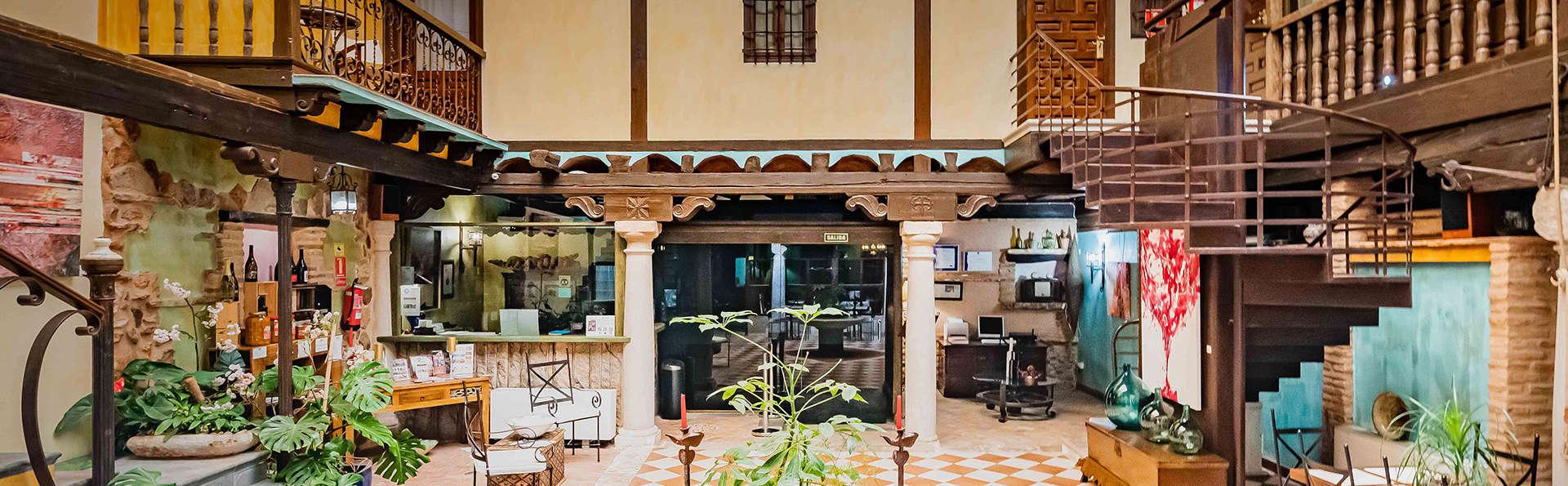 Hotel Spa La Casa del Rector - EDIT_PATIO.jpg