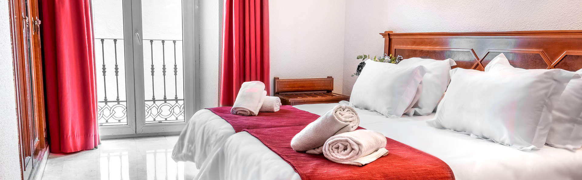 Hotel Reina Cristina - EDIT_HAB_DOBLE_1.jpg