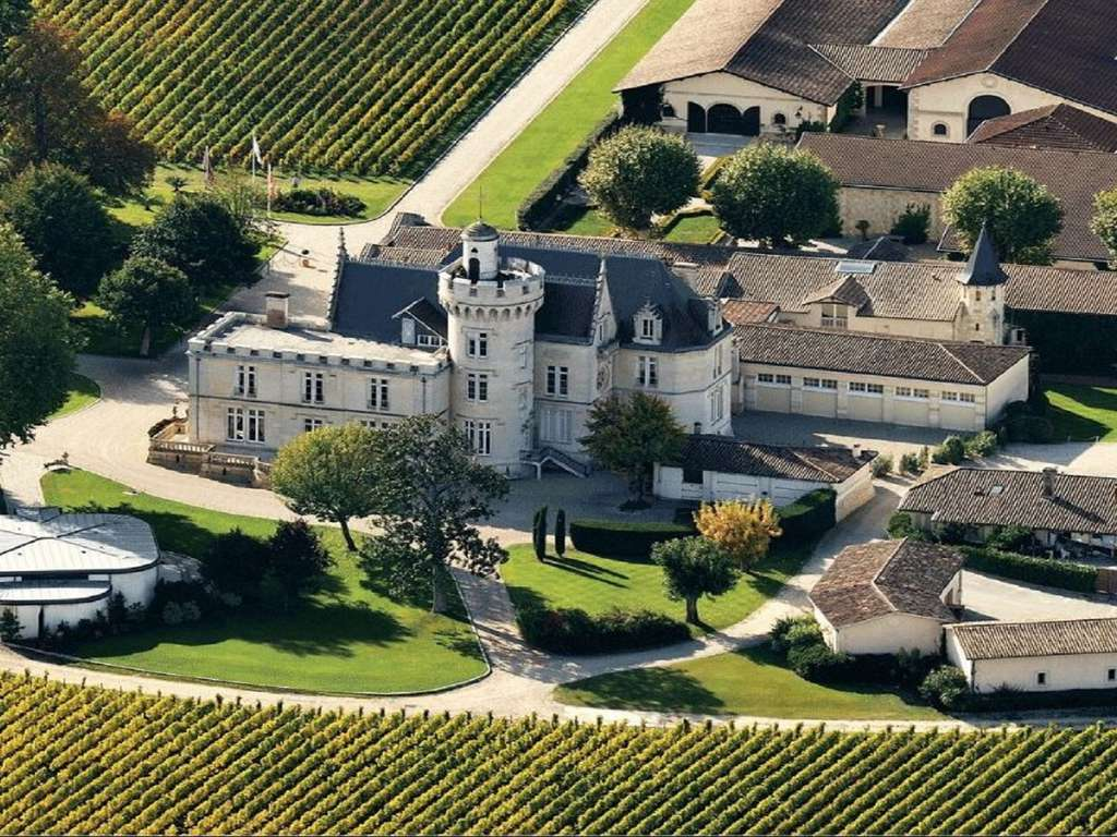 Séjour en demi pension avec visite et dégustation au Château Pape Clément (2 nuits)  - 3* - 1