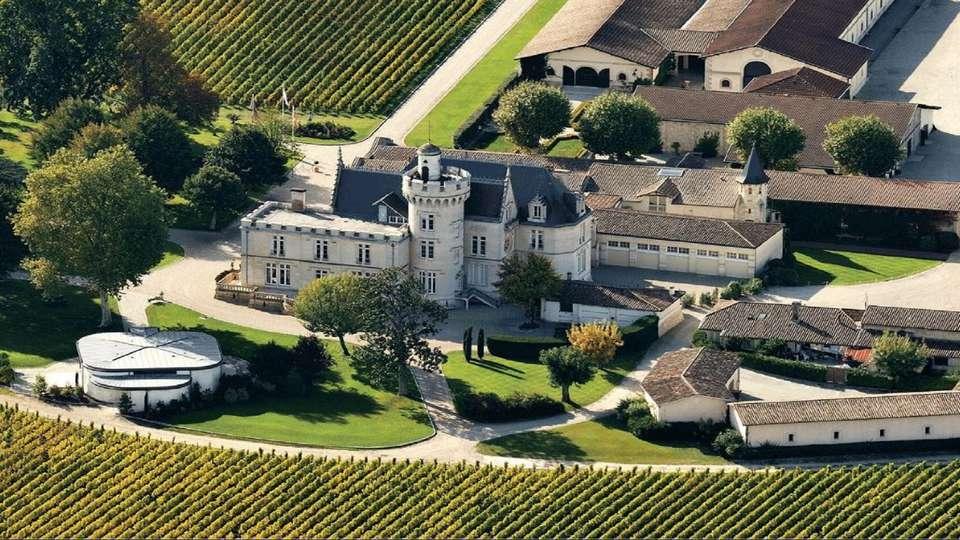Hotel Ibis Bordeaux Sud Pessac - visite-chateau-pape-clement-e1601412379810.jpg