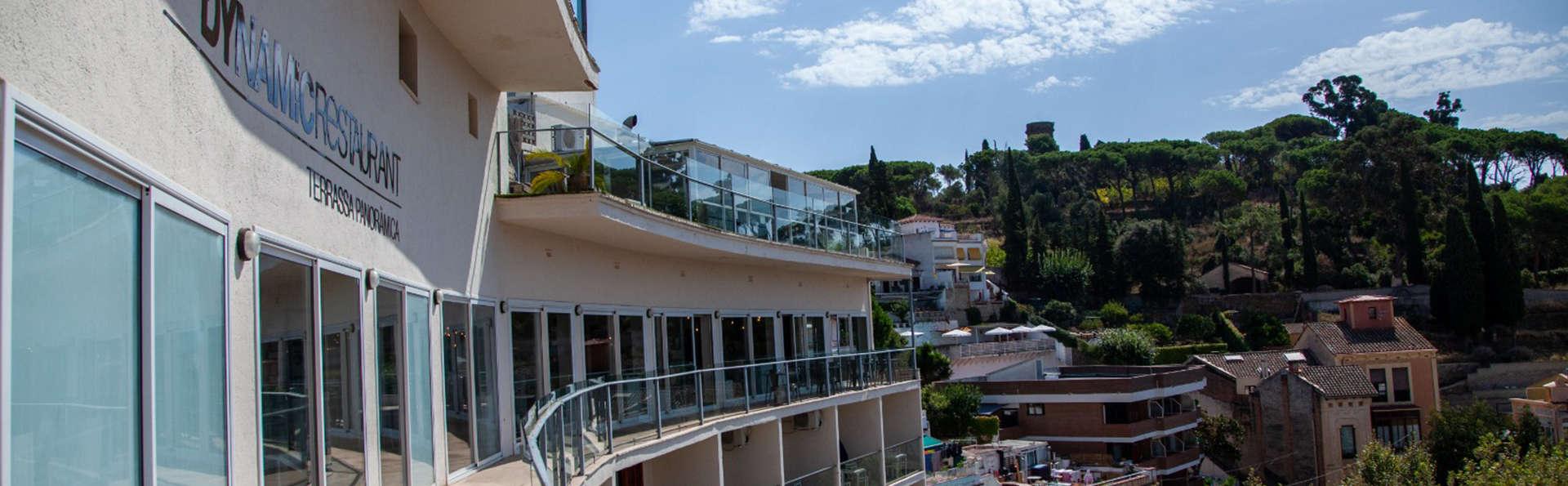Dynamic Hotels Caldetes - EDIT_VISTAS.jpg
