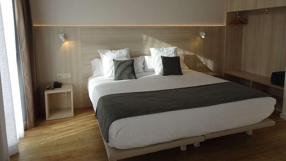 Hotel Restaurant Empòrium (Adults only) - EDIT_ROOM_1.jpg