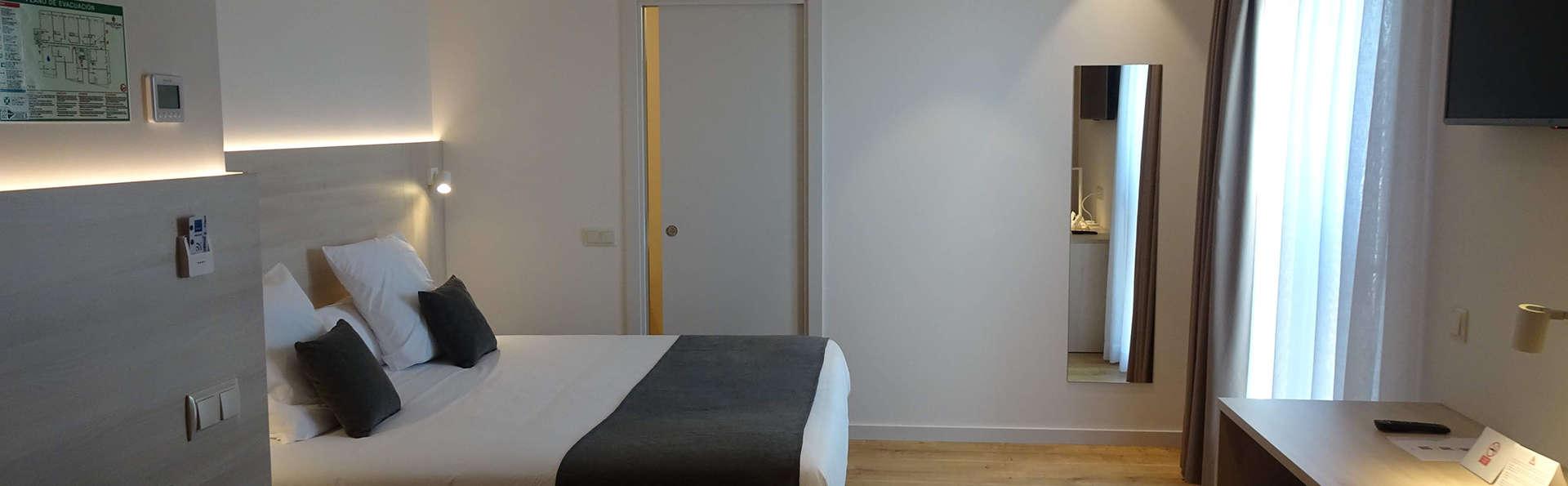 Hotel Restaurant Empòrium (Adults only) - EDIT_ROOM.jpg