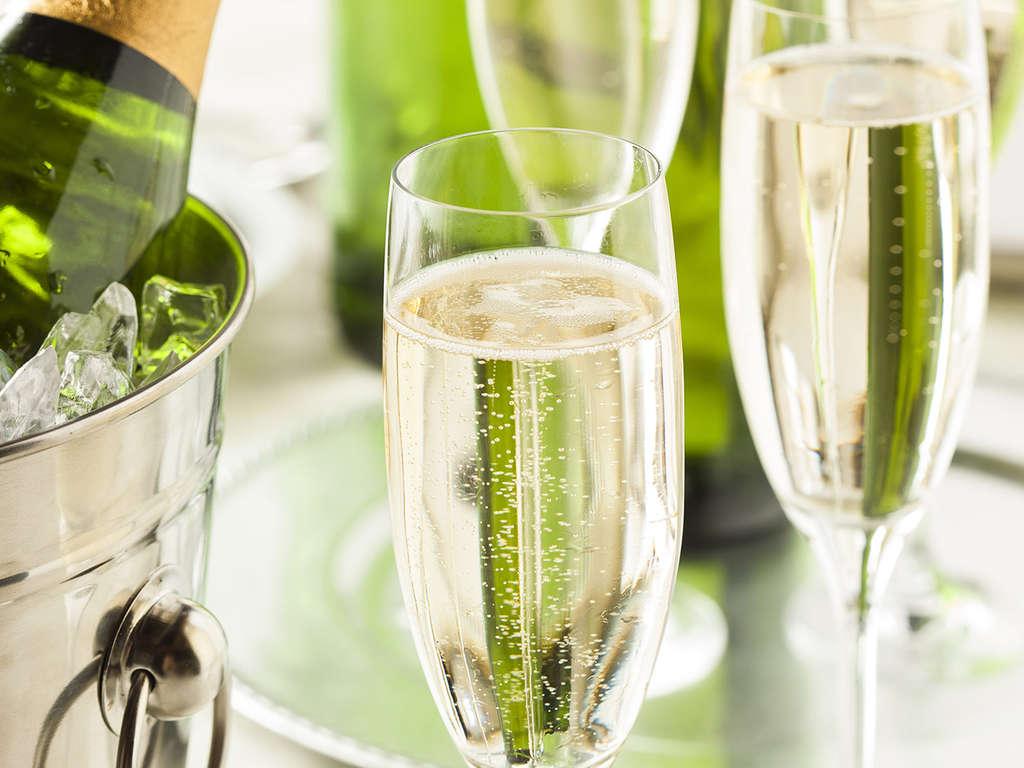 Séjour Gironde - Escapade romantique en bord de mer à Lacanau avec champagne  - 4*