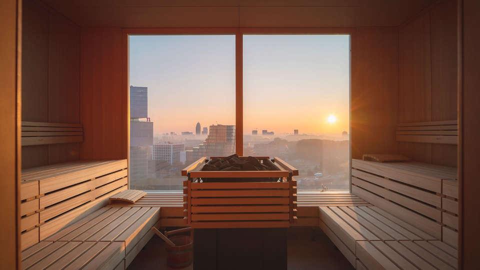 Van der Valk Hotel Amsterdam Zuidas - EDIT_Wellness_Sauna.jpg