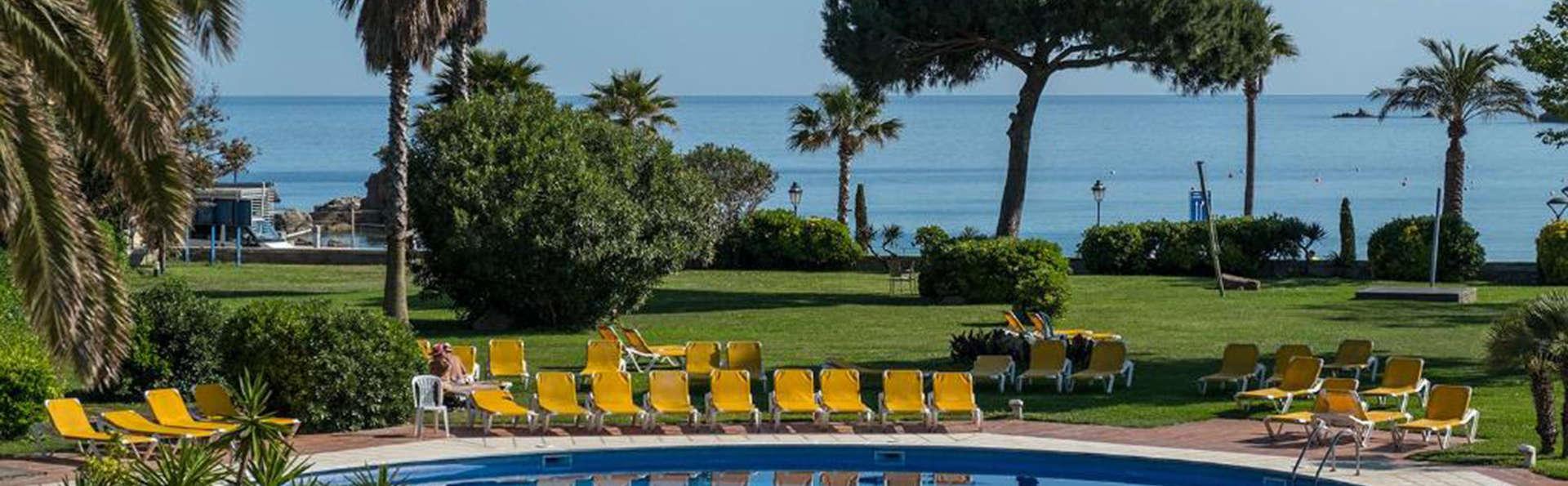 S'Agaró Hotel Wellness & Spa - EDIT_VISTAS_A_LA_PISCINA_1.jpg