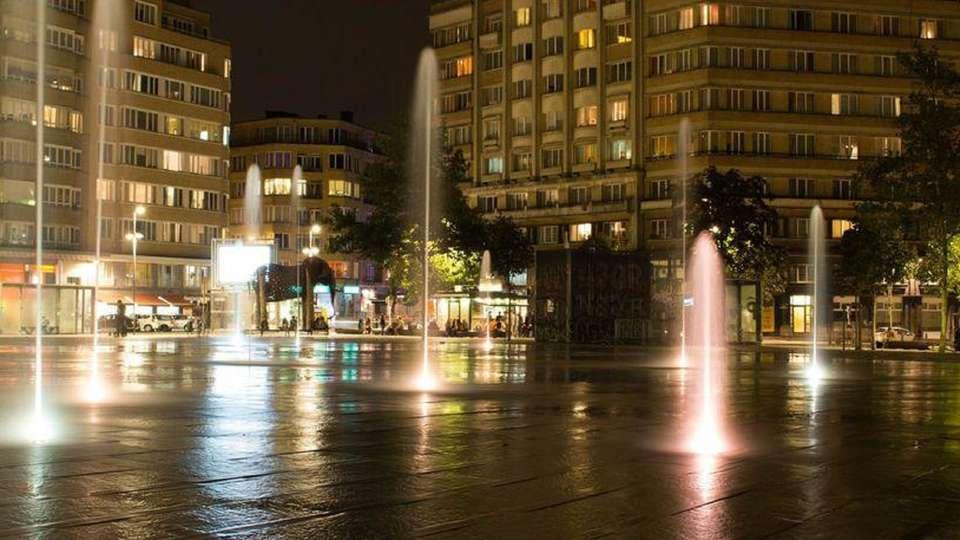 Hotel Barsey by Warwick - EDITplace-flagey-nocturna_0.jpg