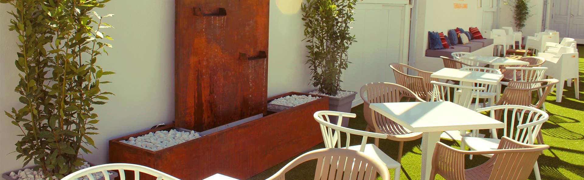 Hotel La Casa del Trigo - EDIT_TERRACE.jpg