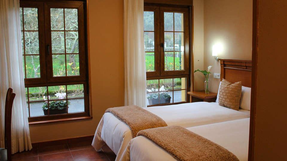 Hotel Pugide - EDIT_ROOM_3.jpg