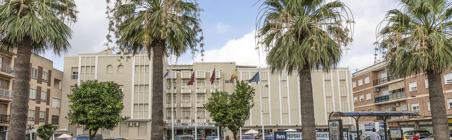 Hotel Manolo - EDIT_FRONT.jpg