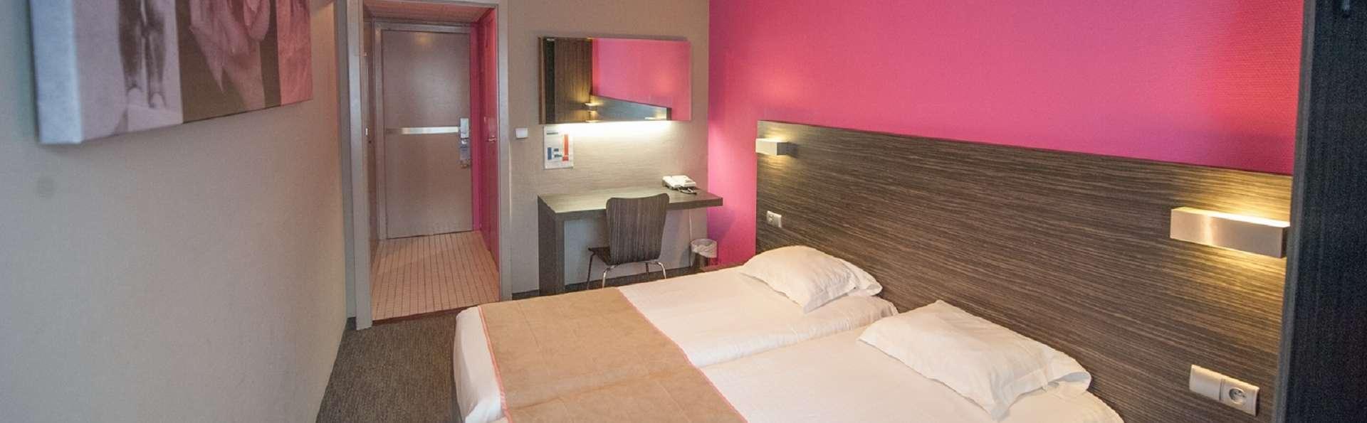 Ostend Hotel - 201748124037177-twin-rose-3.jpg-big.jpg