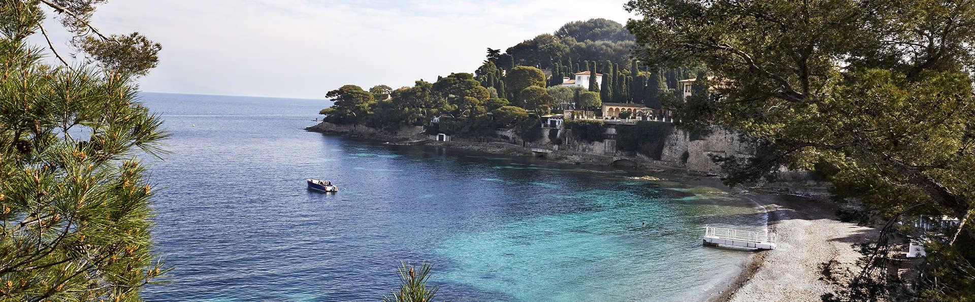 Hôtel Riviera Marriott La Porte de Monaco - EDIT_St_Jean_Cap_Ferrat_Paloma_Beach.jpg
