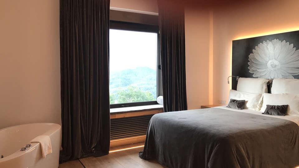 Hotel Urbisol - EDIT_deluxe3.jpg