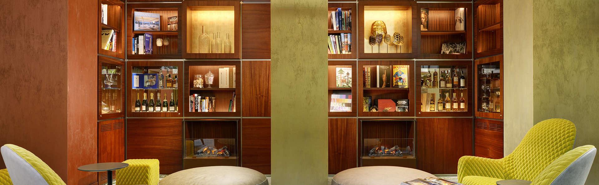 Enterprise Hotel Design & Boutique - EDIT_Living_9.jpg
