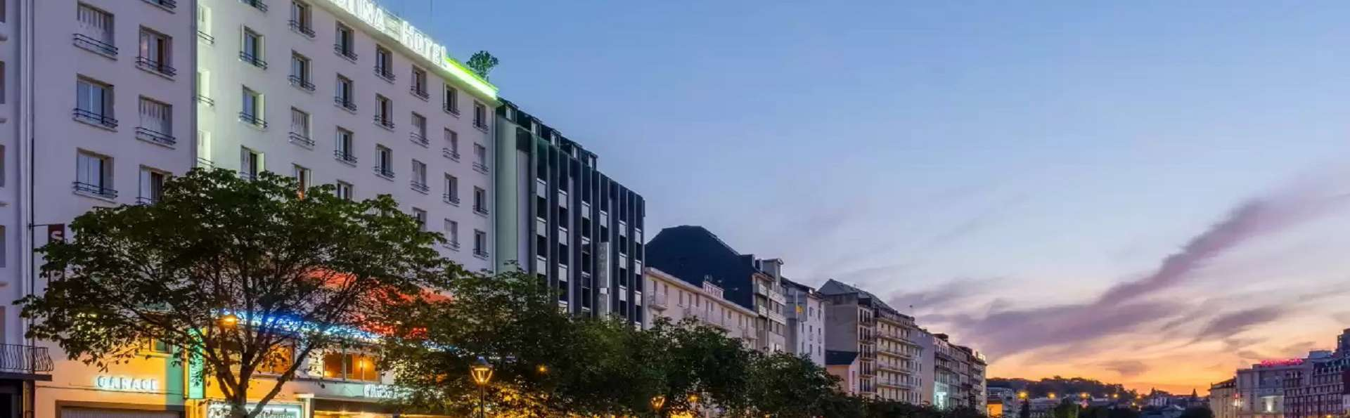 Quality Hotel Christina - FR497EXTERIOR2_1.jpg