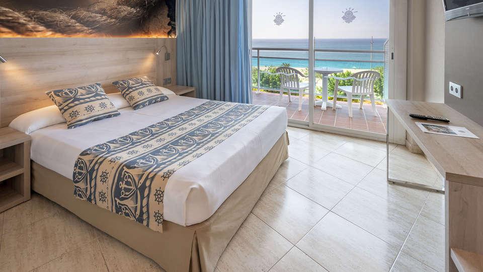 Hotel GHT Maritim - EDIT_ROOM_SEA_VIEW_2.jpg