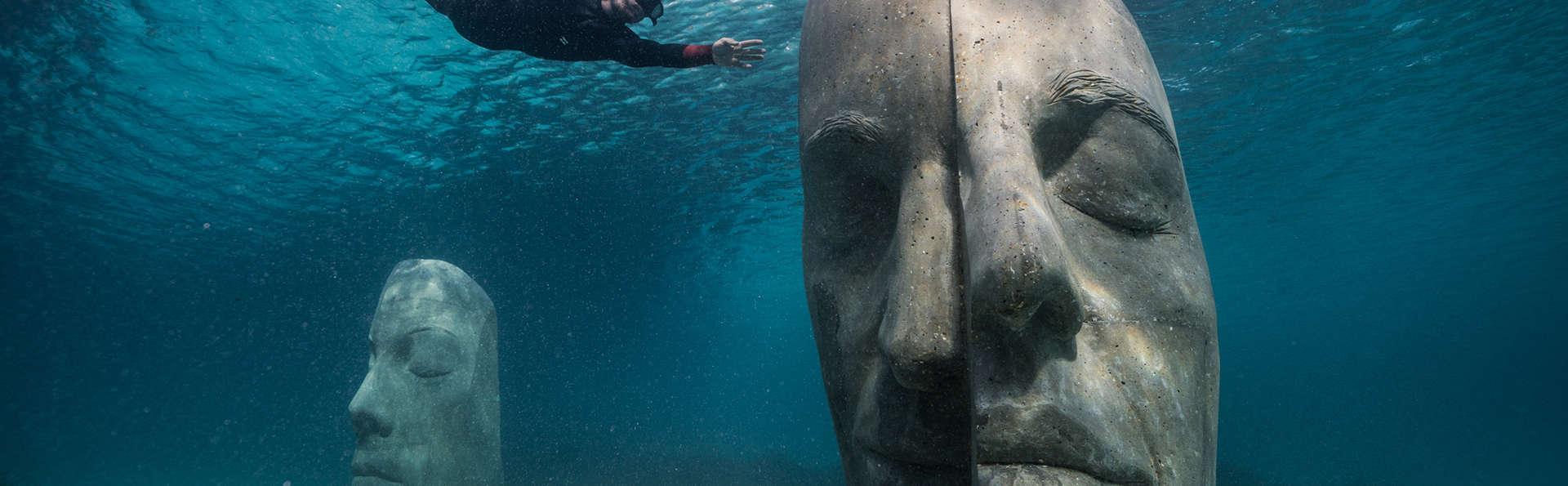 Séjour cannois avec accès au spa et découverte des statues sous-marines en bàteau