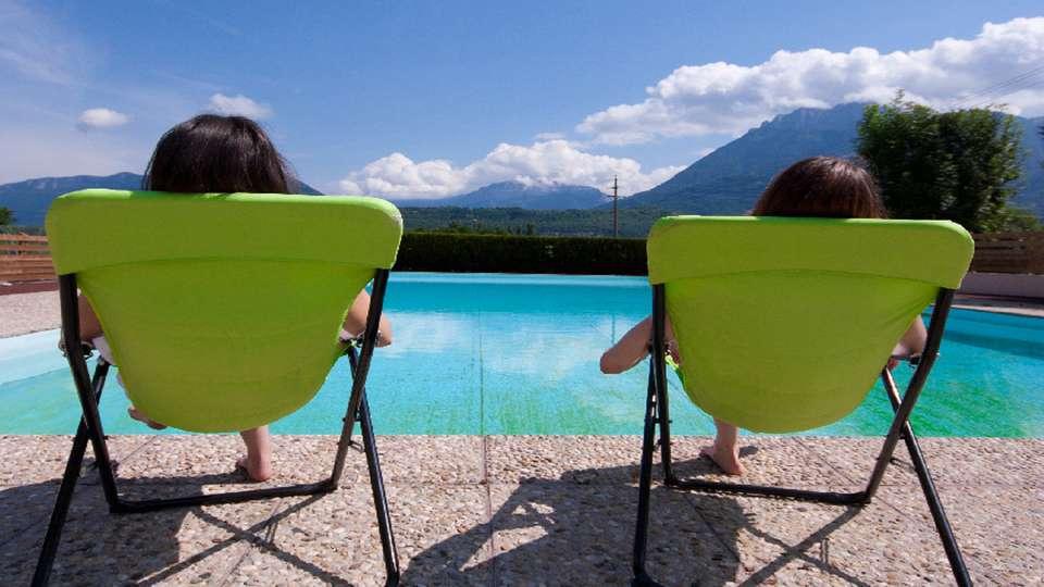 Ternélia - Village Vacances Le Pré du Lac d'Annecy - piscine3.jpg