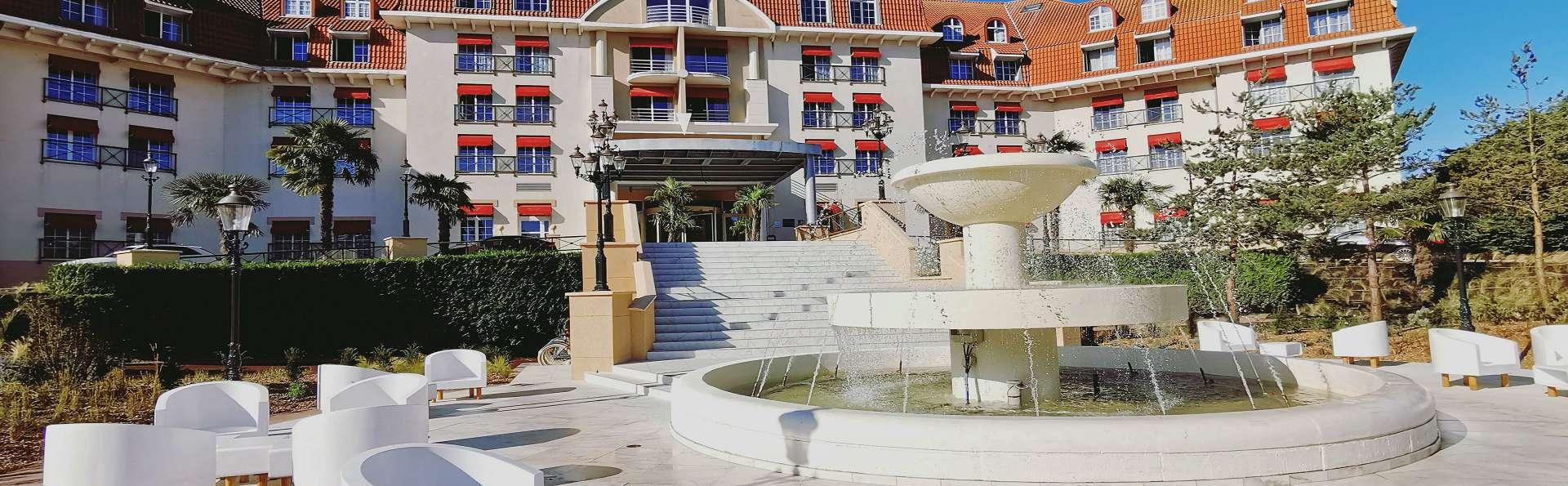 Le Grand Hôtel Le Touquet-Paris-Plage - Facade_Le_Grand_Hotel.jpg