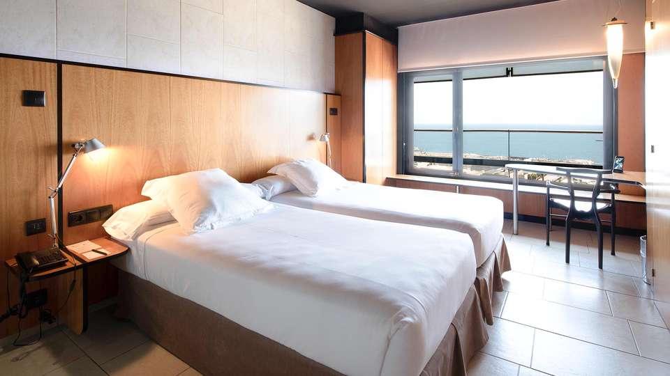 Hotel Barcelona Princess - EDIT_BEDROOM_01.jpg