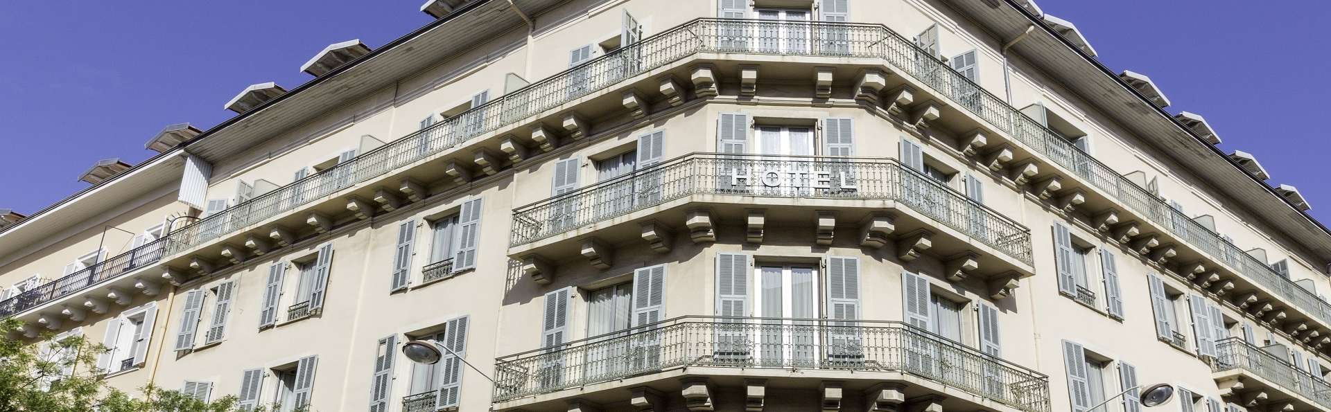 Best Western Premier Hôtel Roosevelt - BWP_-_Exterieur_Facade_5.jpg