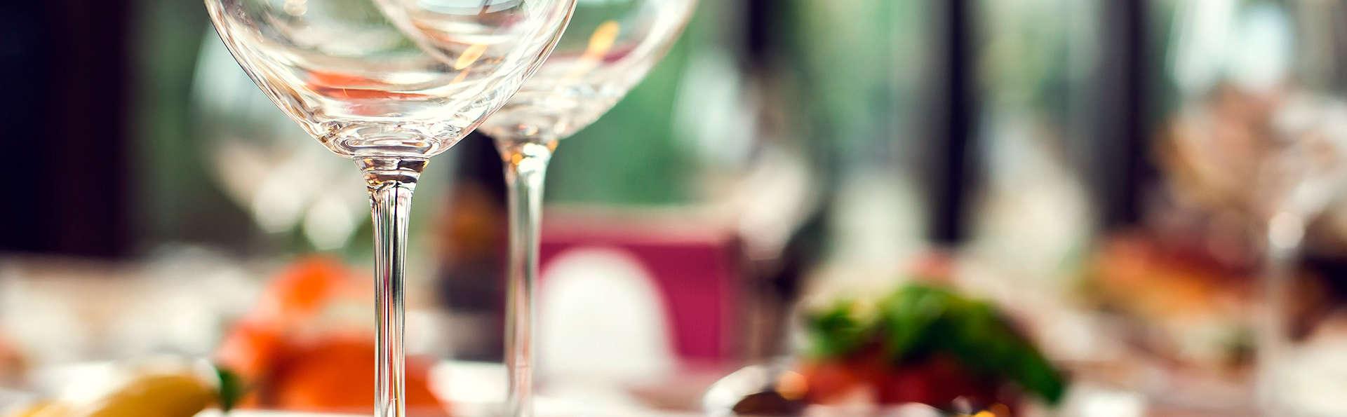 Offre dernière minute ! Séjour en chambre supérieure et dîner avec parking inclus à Bordeaux