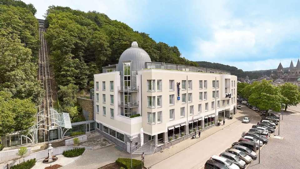 Radisson Blu Palace Hotel - edificio.jpg