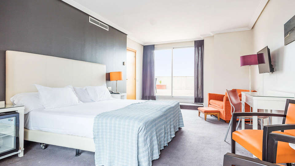 Hotel Balneario Playa de Comarruga - EDIT_ROOM_01.jpg