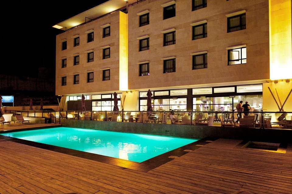 New Hôtel Of Marseille - newhotelofmarseille_facade.jpg