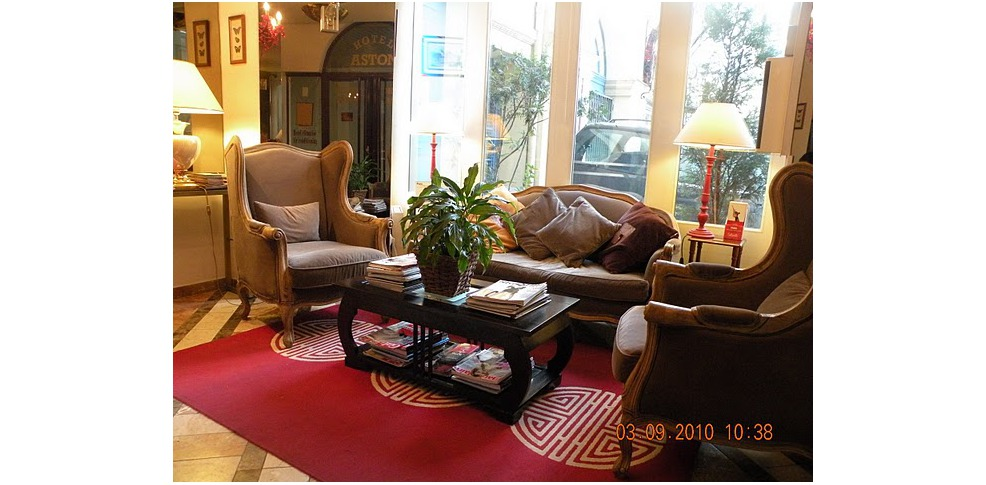 Aston Hotel Paris Booking