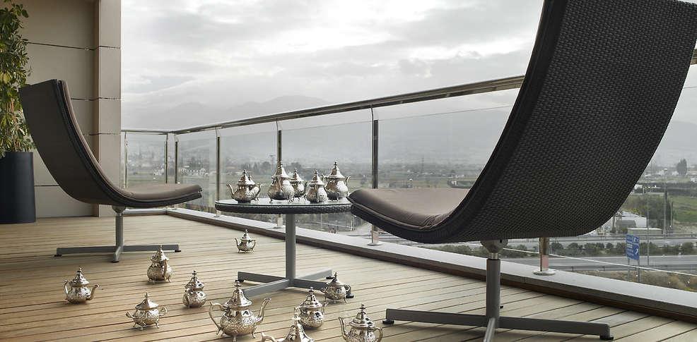week end nouvel an grenade avec d ner du r veillon du jour de l 39 an partir de 414. Black Bedroom Furniture Sets. Home Design Ideas